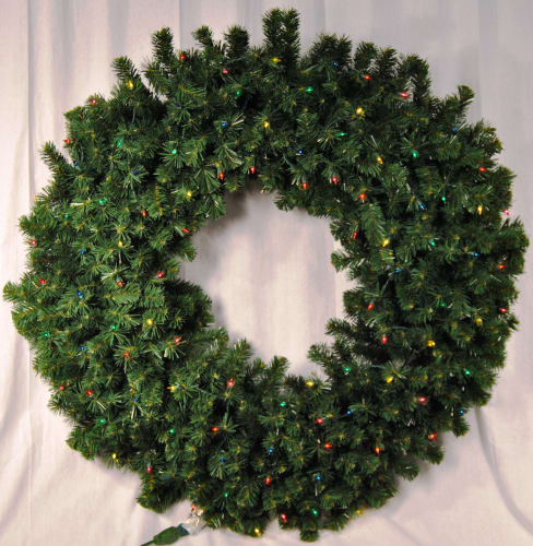 Christmas at Winterland WL-GWSQ-05-I5M Multicolor Natural Holiday Wreaths 5 Foot Pre-Lit Incandescent Multicolor Sequoia Wreath Indoor / Outdoor WL-GWSQ-05-I5M