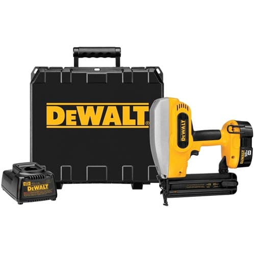 Dewalt DC608K  18 Volt Cordless 2 18 Gauge Brad Nailer Kit with