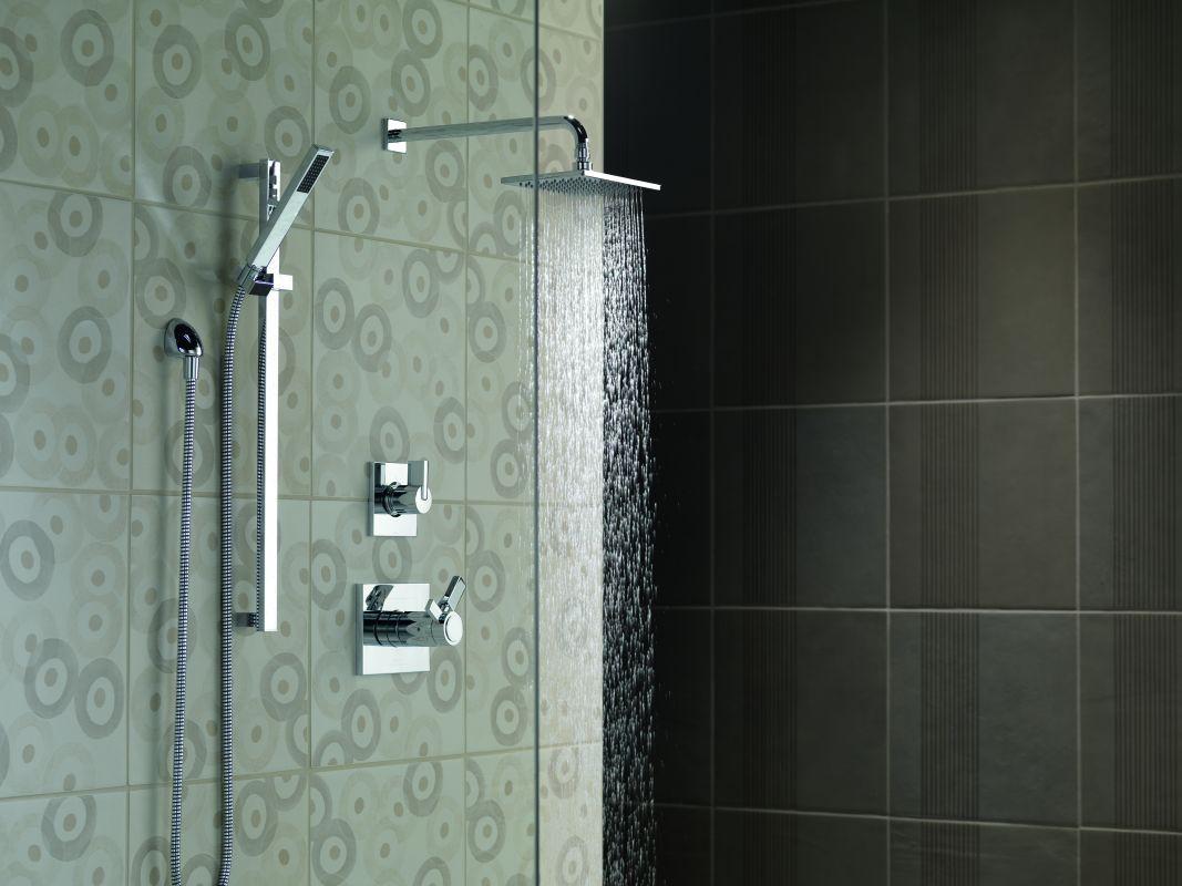 Delta Vero Tempassure Shower Package Shower System