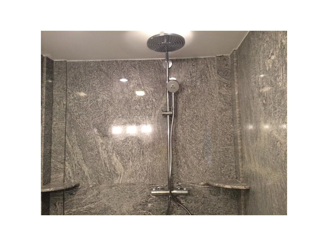 Hansgrohe 27160 Shower System