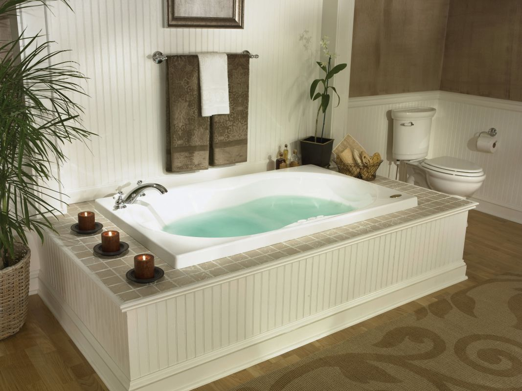 Jacuzzi esp6032 wlr 1xx whirlpool bathtub for Jet tub bathroom designs