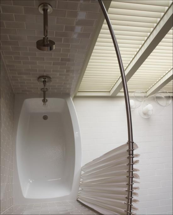 Kohler K 1118 LA White Expanse Bath Tub 60 L X 30 W Acrylic Soaki